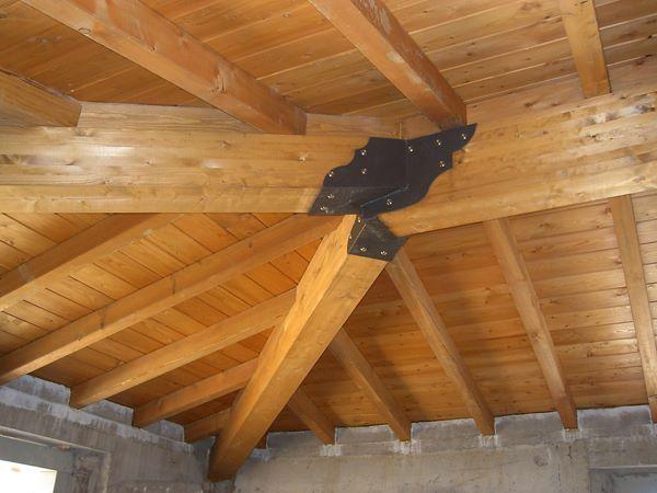 Fornitura e montaggio strutture in legno